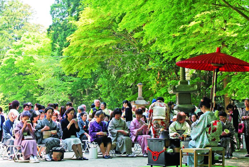 http://www.kankoubussan.shiogama.miyagi.jp/cms/data/img/schedule/88/1.jpg